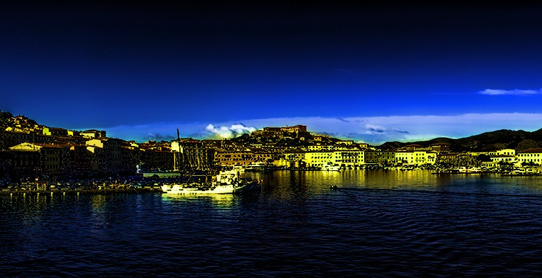Portoferraio_panorama_02_1600x400_glowinthedark